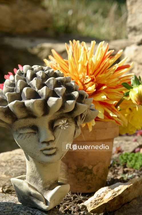 Garden sculpture for decoration (102124)